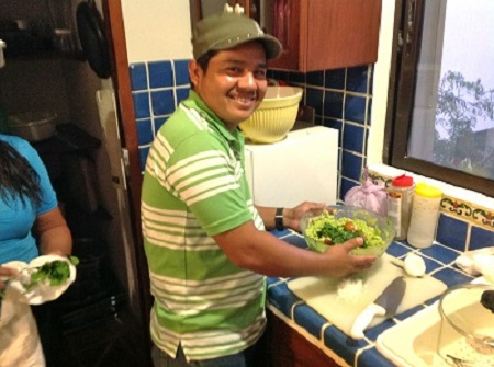 Jorge making guac