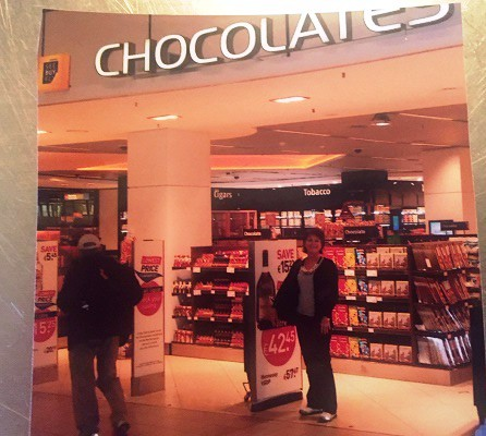 eliz in front of chocolate store